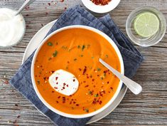 Iftar, Chorizo, Thai Red Curry, Soup, Ethnic Recipes, Cilantro, Soups, Soup Appetizers