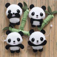 Varal de Pandas - Karacolarts Felt Animal Patterns, Felt Crafts Patterns, Felt Crafts Kids, Panda Craft, Sewing Crafts, Sewing Projects, Panda Party, Animal Projects, Felt Diy