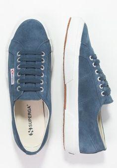 Sneakers laag Superga Sneakers laag - blue night shadow Donkerblauw: 43,95 € Bij Zalando (op 12/11/15). Gratis verzending & retournering, geen minimum bestelwaarde en 100 dagen retourrecht!