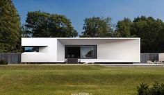 Minimalist House Exterior Design - 77 Minimalist House Exterior Design Easy Ways to Get Frank Lloyd Wright House Plans Minimalist Architecture, Modern Architecture House, Residential Architecture, Architecture Design, Minimalist Window, Minimalist Home, Modern Roof Design, Contemporary Design, Fachada Colonial