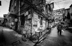 street corner by Rob-Shanghai http://flic.kr/p/LTRiJ3