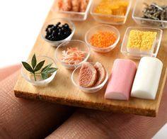 今日から始まった心斎橋ミニチュア教室のお節料理のパーツ見本。 #miniature #ミニチュア