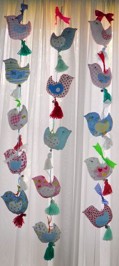 Diy Craft Projects, Sewing Projects, Diy Crafts, Mobiles, Diy For Kids, Crafts For Kids, Fabric Birds, Creative Activities, Soft Dolls