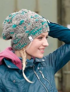 cabled slouchy hat, free knitting pattern