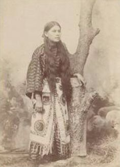 Native American Indian Pictures: Historic Pictures of Comanche Indian Women Native American Church, Native American Images, Native American Beauty, Native American Tribes, American Indian Art, Native American History, Native Americans, Comanche Indians, Comanche Tribe