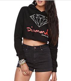 Diamond supply crop top fleece!! I really want this!!