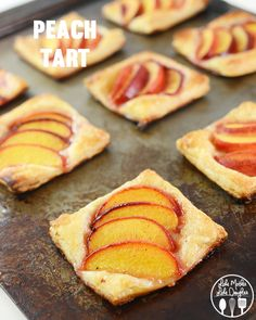 peach tarts - these peach tarts are so simple to make and they are the perfect fall treat. Great for breakfast, snack or dessert!
