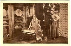 Wilstermarschstube 1750 (Abbildung ca. 1928) Frauen in der Tracht der Wilstermarsch #Wilstermarsch