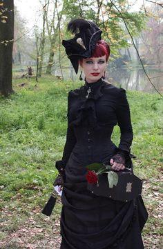 Gothic Gates Design Silver Plated Cufflinks – Steampunk Gift For Goth – Blackbird Studio Dark Fashion, Gothic Fashion, Victorian Fashion, Goth Beauty, Dark Beauty, Gothic Girls, Gothic Lolita, Darkness Girl, Gothic People
