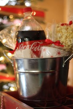 Holiday Open House #SmartWayToShareJoy #ad @cocacola @familydollar