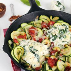 Deconstructed Manicotti Skillet with Zucchini Noodles @keyingredient #cheese #tomatoes