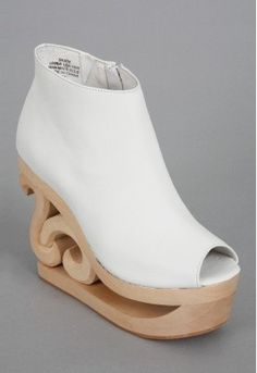 I don't like the uppers on these but the heels are too cool!