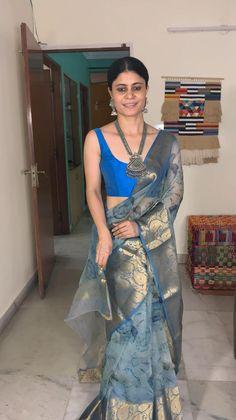 Netted Blouse Designs, Wedding Saree Blouse Designs, Organza Saree, Silk Sarees, Cake Receipe, Happy Pongal, Saree Wearing, Saree Jewellery, Saree Poses
