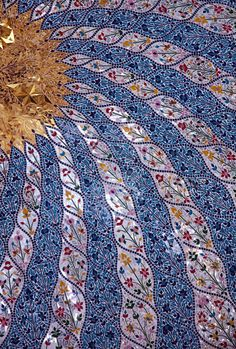 """""""Dome of a Sufi Saint"""" - photo by majhul, via deviantART; """"inside of a Sufi Saint's tomb in Pakistan. It has a wonderfully colourful mosaic of a sun and sun rays"""" .this must just be a small part of the whole mosaic. Tile Art, Mosaic Art, Mosaic Glass, Mosaic Tiles, Stained Glass, Glass Art, Mosaics, Mosaic Crafts, Mosaic Projects"""