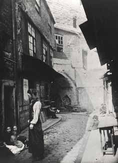 Black Gate Newcastle upon Tyne Unknown Vintage London, Old London, Victorian Life, Uk Photos, Old Street, Places Of Interest, Historical Pictures, British History, Abandoned Places