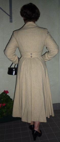 365 Vintage Days - Fintage  dos du manteau : plis