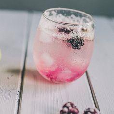 Get my latest recipe on Camera & Clementine for Bramble Bomb Cocktail, find link in profile! #cameraandclementine #cocktailrecipe #cocktail #brambles #blackberry #cocktailopskrift #drinks #latesummerdelight #recipe