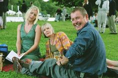 Tom, Joyce and Cully Barnaby from Midsomer Murders; British picnics in summer