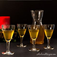 Polish Krupnik (Honey Spiced Vodka) Recipe - Andrea Meyers – Polish Krupnik (Honey Spiced Vodka) for Christmas Eve - Krupnik Recipe, Honey Liquor, Bento, Pickle Vodka, Eastern European Recipes, Vodka Recipes, Drink Recipes, Shot Recipes, Yummy Recipes