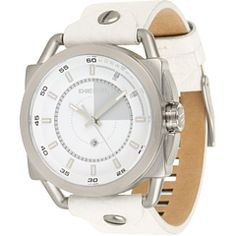 This men's Diesel Descender watch has a stainless steel case and is fitted with a quartz movement. It is fastened with a white leather strap and has a white dial. The watch has a date function. White Leather, Leather Men, Diesel Watch, Mens Watches Leather, Boutique, Watch Sale, Stainless Steel Case, Quartz Watch, Chronograph