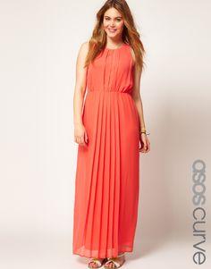 Une jolie robe grande taille corail, parfaite pour les fêtes d'été! Disponible en tailles 48 à 54 pour 71,42€ #grandetaille #femmeronde