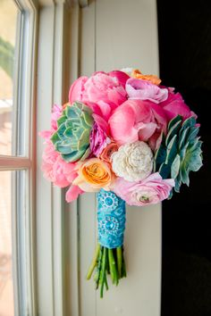 succulent bouqets spring | ... succulent, turquoise, Peonies, hydrangea, Spring, flowers) — Loverly