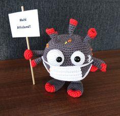 Corona – Famous Last Words Crochet Mask, Crochet Amigurumi, Amigurumi Doll, Crochet Toys, Free Crochet, Knit Crochet, Knitting Stitches, Knitting Patterns Free, Free Knitting