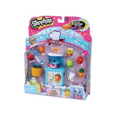 Shop away with the Shopkins™ 12 Pack! Collect all of the super-cute Shopkins™ characters and you might be lucky enough to find some rare characters too! Includes 12 Shopkins™, 1 shopping basket, 4 shopping bags and a collector's guide. Collect them all! Shopkins Season 1, New Shopkins, Shopkins Queen, Shopkins Gifts, Play Grocery Store, Shopkins Characters, Cool Cube, Ri Happy, Moose Toys