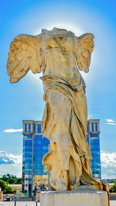 Samothrace's Victory in Montpellier