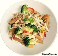 Paste integrale cu broccoli și fulgi de migdale (după 1 an)