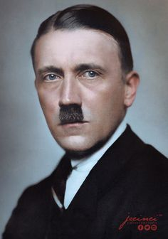 Adolf Hitler en 1929. Fotografía coloreada por jecinci