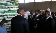 Cameroun – Lutte contre Boko Haram : déjà 1,29 milliard FCFA de contributions du peuple - 04/05/2015 - http://www.camerpost.com/cameroun-lutte-contre-boko-haram-deja-129-milliard-fcfa-de-contributions-du-peuple-04052015/?utm_source=PN&utm_medium=CAMER+POST&utm_campaign=SNAP%2Bfrom%2BCamer+Post