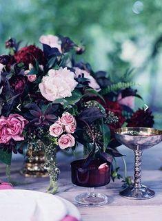 Raindrops and Roses Fall Wedding Decorations, Table Decorations, Airport Wedding, Top Wedding Trends, Wedding Ideas, Raindrops And Roses, Bridal Tips, Inspiration Design, Autumn Wedding