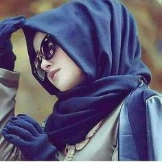 This scarf is the central part inside clothing of females using hijab. Given it is an essential equipment of Modern Hijab Fashion, Muslim Fashion, Fashion Muslimah, Abaya Fashion, Fashion Dresses, Stylish Hijab, Hijab Chic, Beautiful Muslim Women, Beautiful Hijab