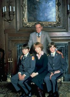 Damien: Omen 2 - because the only thing more dangerous than 4 Rottweilers is a raven.