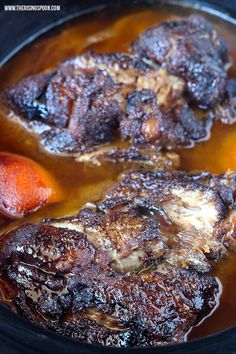 Want to know how to cook the perfect steak indoors? Here& the best technique for achieving a perfectly cooked (crusty on the outside and juicy on the inside) and flavorful steak every time without a charcoal grill. Slow Cooker Pork Shoulder, Slow Cooker Ribs, Slow Cooker Recipes, Crockpot Meals, Skillet Recipes, Oven Recipes, Rib Recipes, Mexican Recipes, Slow Cooking