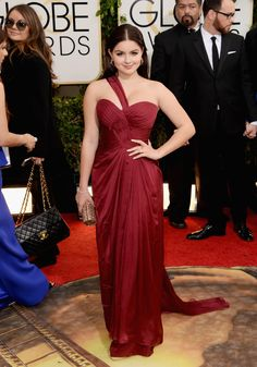 Ariel Winter looks stunning in Mikael D. However lets put this into context because Ariel is 15 and in this gown she looks 2. Her costar Sarah Hyland is 23 and these two should have swapped gowns