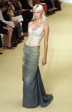 Denim maxi skirt::: OutsaPop Trashion ::: DIY fashion by Outi Pyy :DIY tutorial - denim maxi skirt