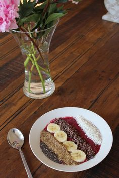 How to Make an Acai Bowl Acai Recipes, New Recipes, Snack Recipes, Acai Smoothie, Healthy Snacks, Healthy Breakfasts, Amazing Pictures, Acai Bowl, Plant Based