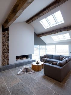 Barn Interior and Architecture by Llama Architects& Janey Butler Interiors Bungalow Renovation, Barn Renovation, Modern Villa Design, Fireplace Design, Small Rooms, Apartment Design, House Rooms, Beautiful Interiors, Building A House