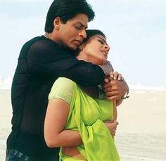 Shahrukh Khan and Kajol in Suraj Hua Madham song - #K3G Kabhi Kushi Kabhie Gham.