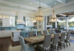 Kitchen/ Dining area House of Turquoise: Lisa Publicover Interior Design Kitchen Interior, Home Interior Design, Kitchen Decor, Teal Kitchen, Open Kitchen, Modern Interior, Kitchen Island, Kitchen Ideas, House Of Turquoise