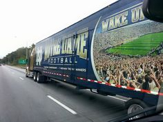 Notre Dame Irish, Collage Football, Go Irish, Notre Dame Football, Fighting Irish, New Theme, Cheer, Buffalo Bills, God