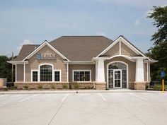 Primus Dental Design and Construction : Bundy Family Dentistry Chiropractic Office Design, Healthcare Design, Daycare Design, Dental Office Design, Interior Design Portfolios, Interior Design Magazine, Work Office Design, Office Designs, Office Ideas