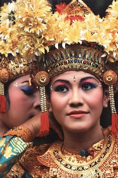 www.villabuddha.com  bali  Indonesie  legong