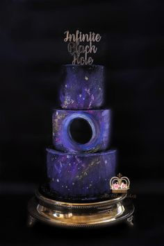 Infinite Black Hole by Sumaiya Omar - The Cake Duchess - http://cakesdecor.com/cakes/301536-infinite-black-hole