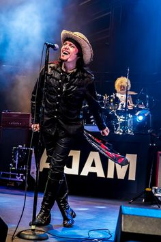 Watch Out, U.S.: Adam Ant Leads Way With Tour Comeback