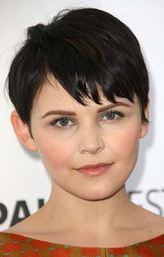 Pixie Cut Dark Frisuren für runde Gesichter