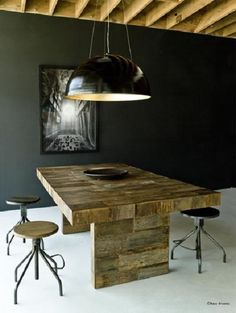 Slow Furniture article from EcoSalon. The photo shows Environment Furniture's reclaimed peroba dining table. Fast Furniture, Slow Design, Interior And Exterior, Interior Design, Contemporary Coffee Table, Small Tables, At Home Store, Dining Table, Dining Room