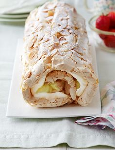Mary Berry Lemon meringue roulade without almonds and with double cream alternative :) christmas pavlova Lemon Desserts, Lemon Recipes, Sweet Recipes, Baking Recipes, Cake Recipes, Dessert Recipes, Meringue Desserts, Frosting Recipes, Lemon Meringue Roulade